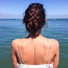 The instagramer Lily Loves Fashion with a bracelet from our Essentiels set, available on www.sioou.com/... #gold #temporary #tattoo #detailsoftheday #ootd #blogger