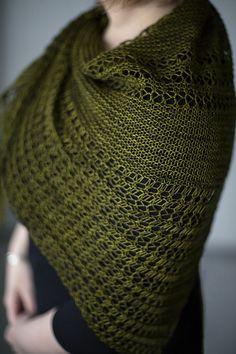 Ravelry: Wildheart pattern by Janina Kallio Knitted Shawls, Crochet Shawl, Knit Crochet, Knit Scarves, Crochet Sweaters, Shawl Patterns, Knitting Patterns, Knitting Ideas, Yarn Projects