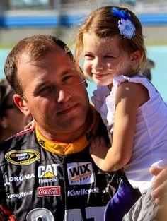 Ryan Newman and daughter Brooklyn : NASCAR's Daddies