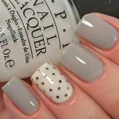 Having short nails is extremely practical. The problem is so many nail art and manicure designs that you'll find online Fancy Nails, Trendy Nails, Love Nails, My Nails, Sparkle Nails, Nagel Hacks, Nails Polish, Glitter Nail Art, Gray Nail Art