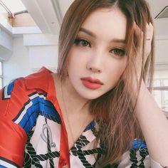 Pony park hye min make up 😉🙄 Korean Makeup, Korean Beauty, Asian Beauty, Pretty Makeup, Makeup Looks, Pony Korean, Pony Makeup, Beauty Makeup, Hair Makeup