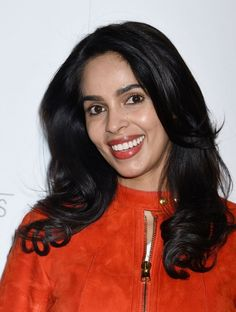 Mallika Sherawat says she was fired from films for refusing to get intimate with co-actors offscreen - Top 10 Ranker Mallika Sherawat Hot, Kissing Scenes, Beautiful Indian Actress, India Fashion, Hd Photos, Bollywood Actress, Indian Actresses, Beauty Women, Hollywood