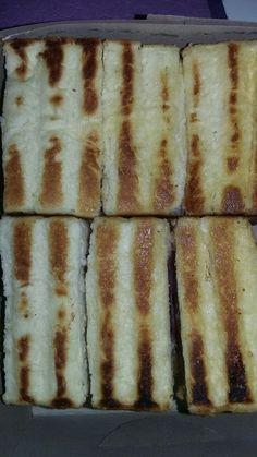 Roti bakar isi blueberry