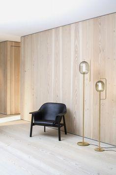 Lantern Light Floor Lamp - Classicon EN