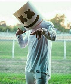 Find images and videos about dj and marshmello on We Heart It - the app to get lost in what you love. 4k Wallpaper For Mobile, 8k Wallpaper, Music Wallpaper, Wallpaper Iphone Cute, Cartoon Wallpaper, Gaming Wallpapers, Cute Wallpapers, Naruto And Sasuke Funny, Marshmallow Pictures