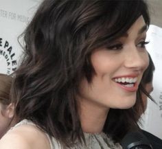 Pix For > Crystal Reed Haircut