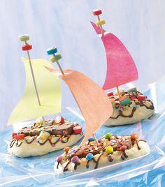 Segelschiffchen für Kinder -  Ein lockerer Rührkuchen mit Schokolade für Kinder