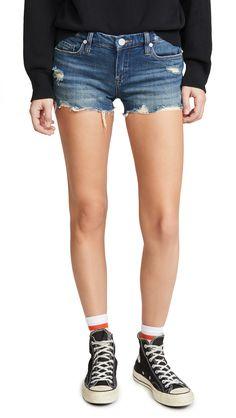 BLANK DENIM SHAKE IT OUT SHORTS. #blankdenim #cloth Denim Outfit, Denim Shorts, Blank Denim, Cut Off, Short Outfits, Denim Fashion, Stretch Denim, World Of Fashion, Luxury Branding