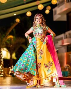 These Stunning Multicolored Lehengas Are Sure To Be Bookmarked For Your D-day. For more such bridal inspiration, stay tuned with shaadiwish. Mehendi Outfits, Indian Bridal Outfits, Indian Dresses, Summer Wedding Outfits, Wedding Attire, Summer Weddings, Lehenga Color Combinations, Latest Bridal Lehenga, Designer Party Wear Dresses