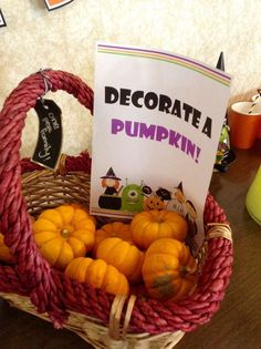 Decorate a pumpkin at a Halloween party! See more party planning ideas at Catch… – Halloween Diy Pins Halloween Designs, Halloween Tags, Classroom Halloween Party, Halloween Party Games, Halloween Birthday, Halloween Activities, Holidays Halloween, Halloween Crafts, Kindergarten Halloween Party