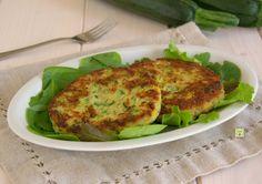 Gli hamburger di zucchine sono uno sfizioso secondo piatto, facilissimi da preparare che conquistano anche i più piccini.
