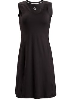 Soltera Dress Women's Casual, comfortable, lightweight Haven™ stretch polyester dress for travel and warm weather activities.