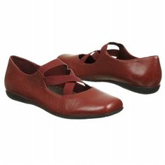 Trotters Seeker Shoes (Dark Red) - Women's Shoes - 5.0 M