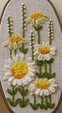 Wonderful Ribbon Embroidery Flowers by Hand Ideas. Enchanting Ribbon Embroidery Flowers by Hand Ideas. Hand Embroidery Stitches, Silk Ribbon Embroidery, Crewel Embroidery, Hand Embroidery Designs, Embroidery Techniques, Cross Stitch Embroidery, Creative Embroidery, Simple Embroidery, Brazilian Embroidery