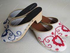 Socos bordados | Calçado rústico e tradicional - Marta Prozil - Atelier de Artesanato de Viana