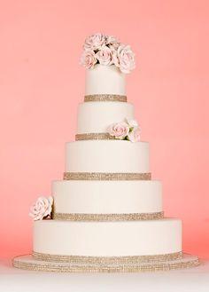 Love, love, love! #weddingcakes {Cakes Confidential}