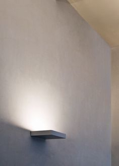 Quasi wall light | Claudio SIlvestrin for Viabizzuno-For m, 2004