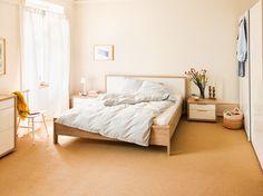 Micasa Schlafzimmer mit Bett (in verschiedenen Grössen erhältlich), Kommode und Nachttisch aus dem Programm MILLOT