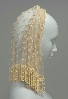 century Headdress Silk net, silk mesh, silk plain weave tape, wire and embroidered artificial pearls Vintage Outfits, Vintage Fashion, Vintage Hats, Historical Costume, Historical Clothing, 1850s Fashion, Mode Costume, 19th Century Fashion, Period Outfit