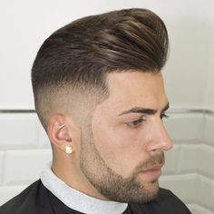 Via 👌👌 Choose your favorite hairstyle fellas 👌👌 Cool Hairstyles For Men, Cool Haircuts, Hairstyles Haircuts, Haircuts For Men, Hairstyle Men, Hair And Beard Styles, Short Hair Styles, Hair Salon Names, Barber Haircuts