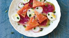 The essential contrast of sweet watermelon, colourful watermelon radish and Bocconcini are matched with this herbaceous vinaigrette. Watermelon Radish, Sweet Watermelon, Vinaigrette, Parchment Paper Baking, Snacks Sains, Appetisers, Vegetarian Cheese, Quick Recipes, Kitchens
