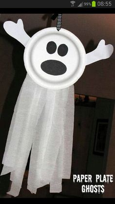 Paper plate ghost