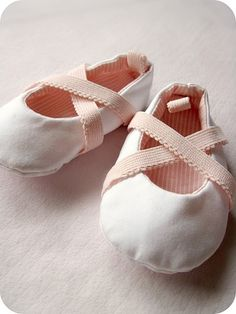These are about the most adorable shoes I have ever seen.  She made them herself, using a pattern.