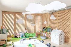 Dibuja en las paredes en esta cafetería diseñada para niños.