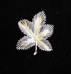 Vintage Brooch Vintage Sarah Coventry  Leaf by popularvintage