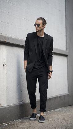 Men in black color inspiration
