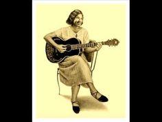'New Bumble Bee' MEMPHIS MINNIE (1930) Memphis Blues Guitar Legend