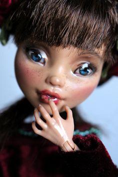 https://flic.kr/p/Vn7NiL | Rosemary - custom OOAK Monster High Doll repaint | www.etsy.com/uk/listing/520826468/rosemary-custom-ooak-mo...