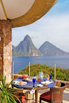 Dine at Jade Mountain in St. Lucia