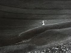 Igor Grossmann: On the way from the field / Cestou z poľa. Homeland, Black And White Photography, Fields, Monochrome, Earth, Eyes, Nostalgia, Landscapes, Retro