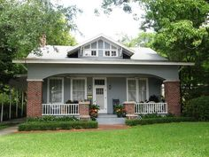 Beautiful Bungalow...my dream house looks an awful lot like this <3