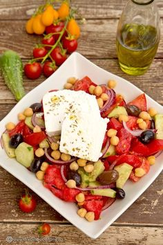 Greek Recipes, Light Recipes, Cobb Salad, Good Food, Tasty, Favorite Recipes, Vegetables, Cooking, Lunches