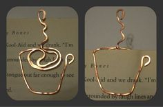 :) Coffee Cup / Mug Wire Bookmark by SpottedCraft on Etsy Wire Crafts, Jewelry Crafts, Handmade Jewelry, Handmade Gifts, Wire Wrapped Jewelry, Wire Jewelry, Jewellery, Wire Bookmarks, Wire Jig