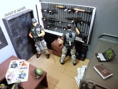Here is a dio I made for my GI Joes and also for the future shadowrunners. Military Action Figures, Custom Action Figures, Star Wars Poster, Star Wars Art, Star Trek, Gi Joe, Vtech Baby, Military Gear, Ball Lights