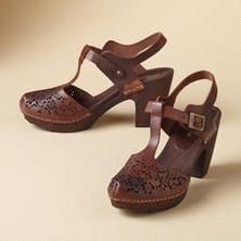 LACE CUT T-STRAP CLOGS -- Capturing the beauty of falling leaves in laser-cut leather, our graceful clogs are grounded by an elegant, wooden heel. Euro whole sizes 36 to 36 (US 37 (US 38 (US 39 (US 40 (US 41 (US heel. Comfy Shoes, Cute Shoes, Me Too Shoes, Clogs Shoes, Shoe Boots, Shoes Sneakers, Velvet Shoes, Leather Clogs, Dream Shoes