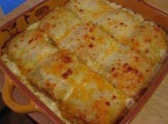 <3 CHICKEN ALFREDO LASAGNA ROLLS ~ These are Fabulous!! I topped them with cook crumbled bacon. Yum!
