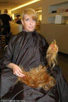 Length off and ready for the clippers. Shaved Hair Cuts, Shaved Nape, Long Hair Cut Short, Short Hair Styles, Love Hair, Big Hair, Buzz Cut Women, Women Haircuts Long, Short Hair