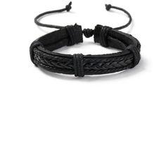 TOPMAN Black Leather Bracelet (45 BRL) ❤ liked on Polyvore featuring men's fashion, men's jewelry, men's bracelets, black, mens woven leather bracelets, mens leather bracelets, mens leather braided bracelets and mens woven bracelets
