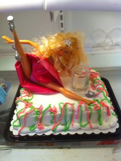 Drunk Barbie Cake perfect for bachelorette party. Must keep in mind for Candi's bachelorette party. Birthday Present Cake, 21st Birthday Presents, 21st Birthday Cakes, 21 Birthday, Barbie Birthday, Happy Birthday, 19th Birthday, Funny Birthday, Thirty Birthday