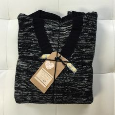 (2pc) CAROL ROSE Pre-Made Bundle Just an easy way for you to get more bang for your buck. ask all your questions and then let's get these perfect sweaters home to you. bundle includes: CAROL ROSE Sweater (1x), and CAROL ROSE Hoodie Sweater (1x) *both fit as a medium, not 1x* Carol Rose Sweaters