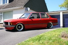 Red BMW E21 on Black BBS RS