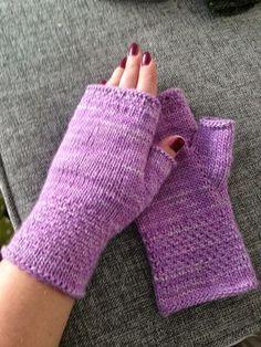 Anette L syr och skapar: Mjukaste mysvanten DIY Bra Hacks, Fingerless Mittens, Arm Warmers, Crochet, Knitting Patterns, Sewing, Diy, Crafts, Bra Tips