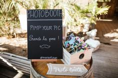 Boho wedding - Cap Ferret - French wedding style - La Paire de Cerise photographes - Jenny Morel Weddings wedding planner - photobooth