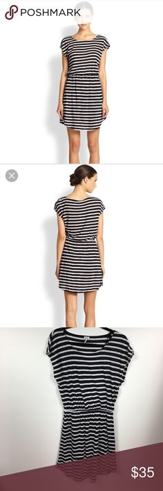 🆕Splendid>striped blouson dress NWOT Black and white striped blouson style dress by Splendid. Fully lined. Elastic waist. Poly, cotton, modal blend. Dolman style sleeves. TTS. Minor pilling throughout from washing, never worn. Splendid Dresses