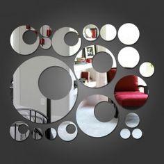 Espelho Decorativo Círculos e Bolas Deixe seu ambiente mais bonito com este espelho decorativo em acrílico.
