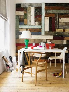 very pretty reclaimed wood wall - one of 8 picks for this week's Friday Favorites - Living Vintage Wood Plank Walls, Timber Walls, Wood Planks, Wood Paneling, Planked Walls, Wooden Slats, Panelling, Home Office Design, Home Office Decor